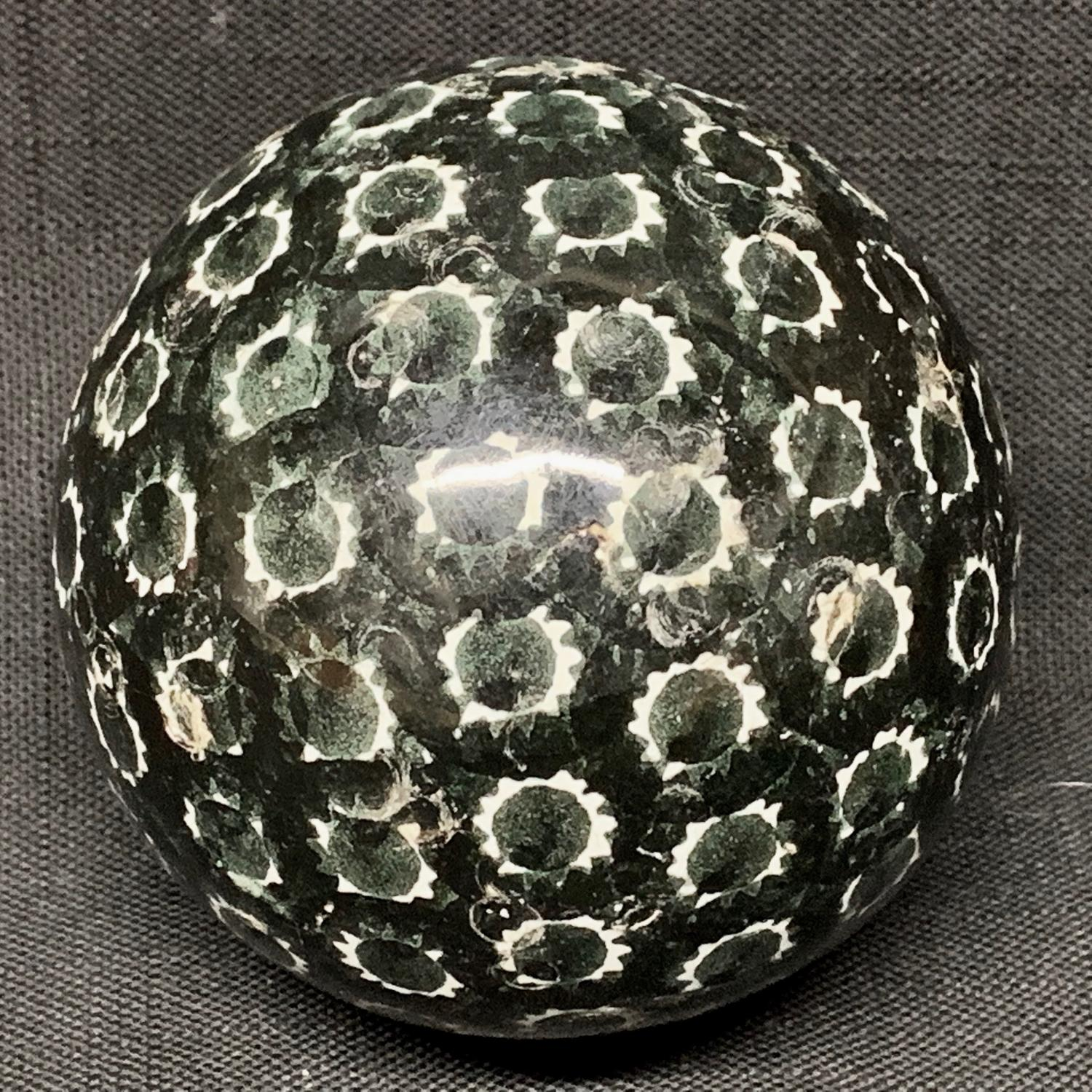 Spongeware Black Scottish Carpet Ball Boule 1860