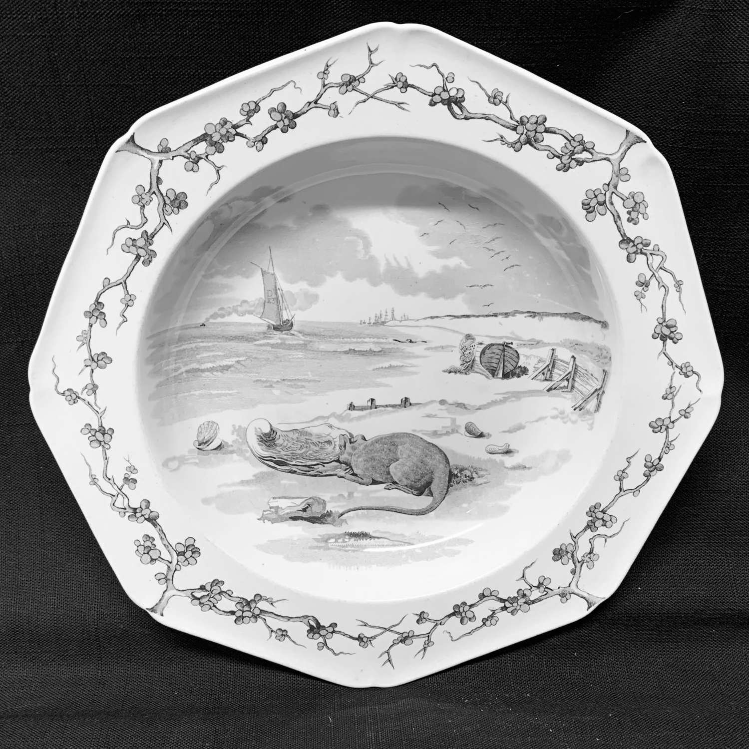 Grey Black Fontaine's Fables ~ Mouse and Oyster Soup Plate 1880